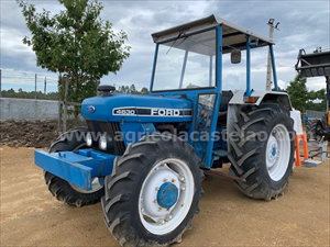 TRACTOR FORD 4630 DT